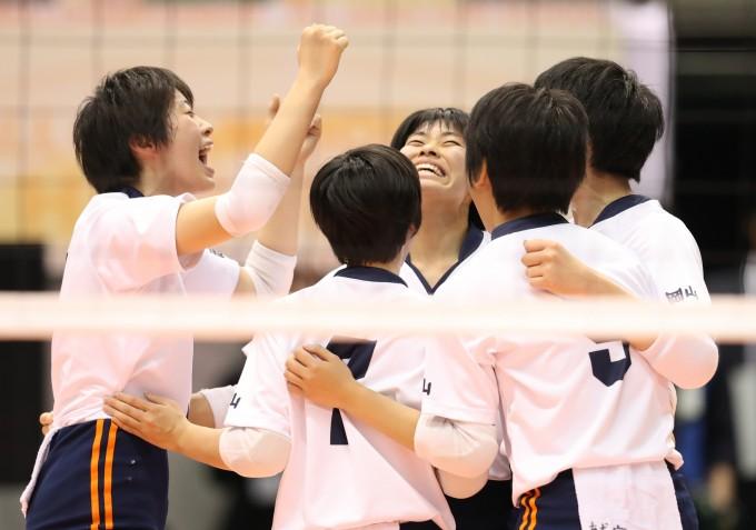 【春高バレー】第69回全日本バレーボール高等学校選手権大会 女子2回戦試合結果